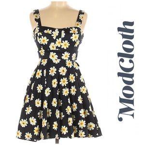 ModCloth iXiA Black Daisy Print Pin Up Swing Dress